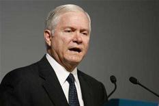<p>Secretry of Defense Robert Gates speaks at the 4th IISS Regional Security Summit, in Manama, December 8, 2007. REUTERS/Hamad I Mohammed</p>