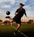 <p>O meia-atacante Ronaldinho Gaúcho não será negociado pelo Barcelona na janela de transferências do futebol europeu em janeiro, de acordo com o diretor esportivo da equipe, Txiki Begiristain. Photo by $Byline$</p>