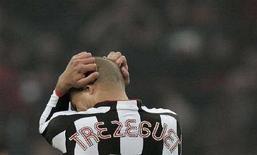 <p>David Trezeguet durante una partita. REUTERS/Tony Gentile</p>