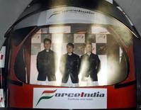 <p>Pilotos da equipe Force India Adrian Sutil, Giancarlo Fisichella e Vitantonio Liuzzi durante lançamento do carro da equipe, em foto de arquivo. Photo by Punit Paranjpe</p>