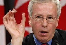 <p>Liberal leader Stephane Dion speaks during a news conference in Ottawa January 9, 2008. REUTERS/Chris Wattie</p>