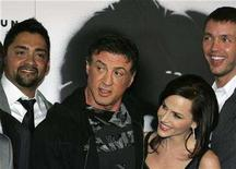 "<p>Actor Reynaldo Gallegos, actor/director Sylvester Stallone, actress Julie Benz and actor Matthew Marsden (L-R) arrive at the movie premiere of ""Rambo"" at the Planet Hollywood Resort and Casino in Las Vegas, Nevada January 24, 2008. REUTERS/Steve Marcus</p>"