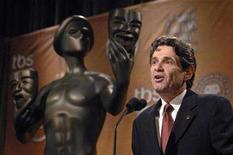 <p>Screen Actors Guild President Alan Rosenberg opens the announcements of the nominations for the 14th annual Screen Actors Guild Awards in West Hollywood, California, December 20, 2007. REUTERS/Phil McCarten (</p>