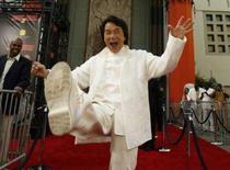 <p>O ator Jackie Chan durante premiere do filme  'A Hora do Rush 3', na Califórnia. O ator Jackie Chan, considerado o maior astro de Hong Kong, vai fazer uma pausa nos sets de filmagem neste ano para promover a Olimpíada de Pequim, na esperança de que isso estimule a juventude chinesa a adotar uma vida mais ativa. Photo by Mario Anzuoni</p>