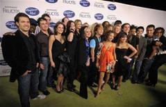 <p>This season's American Idol top 24 contestants pose for photographers at an event in Los Angeles February 14, 2008. REUTERS/Phil McCarten</p>