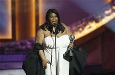 <p>Singer Aretha Franklin accepts the Vanguard Award at the 39th Annual NAACP Image Awards at the Shrine auditorium in Los Angeles February 14, 2008. Franklin's Valentine's Day show was a lovefest between the legend and fans, with plenty of standing ovations, cheers and shouts for the all-time favorite numbers. REUTERS/Mario Anzuoni</p>