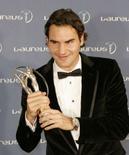 <p>O tenista número um do mundo, Roger Federer, disse nesta segunda-feira que planeja jogar por muitos anos ainda. Foto em São Petesburgo, 18 de fevereiro. Photo by Alexander Demianchuk</p>