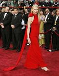 <p>Actress Nicole Kidman arrives at the 79th Annual Academy Awards in Hollywood, California February 25, 2007. With the Oscars days away, Hollywood is primping for its annual red carpet fashion parade where stars like Penelope Cruz and Kidman are expected to dazzle fans in elegant gowns of bold colors. REUTERS/Lucas Jackson</p>