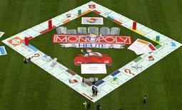 <p>La versione tedesca del celeberrimo gioco in scatola Monopoli. REUTERS/Tobias Schwarz TOB/CVI/NL</p>