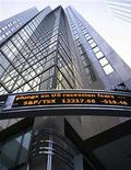 <p>A sign showing the level of the TSX is seen on a downtown Toronto building January 21, 2008. REUTERS/Peter Jones</p>