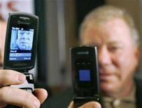 <p>A live video image of actor William Shatner appears on a Rogers video phone in Toronto April 2, 2007. REUTERS/J.P. Moczulski</p>