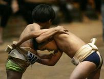 <p>Garotos lutam sumô em um campeonato em São Paulo no final de semana. Cerca de 300 crianças e adolescentes até 18 anos participaram do evento. Photo by Paulo Whitaker</p>