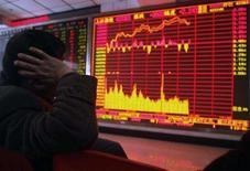 <p>As bolsas de valores asiáticas atingiram nesta quarta-feira nível mais alto em seis semanas, com um tom de otimismo de que lucros de empresas vão superar o difícil cenário econômico global. Photo by Stringer Shanghai</p>