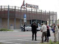 """<p>In un'immagine di archivio un'area di servizio """"Autogrill"""". REUTERS/Marco Bucco</p>"""