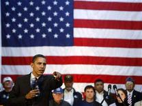 <p>US Democratic presidential candidate Senator Barack Obama (D-IL) takes questions at a town hall meeting at the American GI Forum in San Antonio, Texas, March 3, 2008. REUTERS/Jim Young</p>