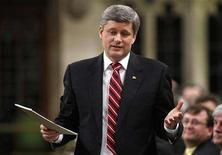 <p>Canada's Prime Minister Stephen Harper speaks during Question Period in the House of Commons on Parliament Hill in Ottawa March 5, 2008. REUTERS/Chris Wattie</p>