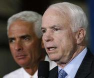 <p>John McCain, candidato republicano à Presidência dos Estados Unidos, planeja viajar para a Europa e o Oriente Médio por dez dias neste mês junto com uma delegação do Congresso, disseram neste domingo autoridades com conhecimento sobre a viagem. Photo by Hans Deryk</p>