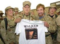 <p>Chuck Norris vira ídolo de soldados norte-americanos no Iraque. O ator Chuck Norris transformou-se em uma figura cultuada pelos militares dos Estados Unidos presentes no Iraque e em um herói improvável para alguns dos membros das forças de segurança iraquianas. Foto do  Arquivo. Photo by Mike Theiler</p>