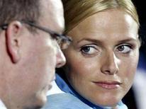 <p>Alberto di Monaco e Charlene Wittstock in una foto d'archivio. REUTERS/Eric Gaillard (MONACO)</p>
