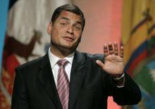 <p>O presidente do Equador, Rafael Correa, durante entrevista coletiva no Palácio Presidencial do Chile, em Santiago. Rafael Correa, afirmou que os laços diplomáticos com a Colômbia serão restabelecidos no final do mês. Photo by Victor Ruiz Caballero</p>