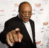 <p>Quincy Jones gestures at the Ebony magazine pre-Oscar party at Boulevard 3 in Hollywood, California February 21, 2008. REUTERS/Mario Anzuoni</p>