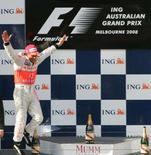 <p>Lewis Hamilton acabou com qualquer dúvida de que pudesse ser apenas um fenômeno temporário ao vencer com brilho o Grande Prêmio da Austrália deste domingo. Photo by Scott Wensley</p>