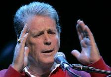 <p>Brian Wilson performs dei Beach boys in una immagine di archivio. REUTERS/Herwig Prammer</p>