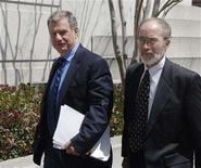 <p>Film director John McTiernan (L) leaves with attorney John Carlton following his arraignment in the Pellicano case at the Edward R. Roybal Federal Building in Los Angeles, California April 17, 2006. REUTERS/Phil McCarten</p>