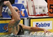 <p>Eamon Sullivan comemora na água após estabelecer o novo recorde mundial dos 50 metros livre durante prova na Austrália. Photo by Daniel Munoz</p>