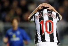 <p>In una foto d'archivio Alessandro Del Piero della Juventus durante una partita con l'Empoli. REUTERS/Giampiero Sposito</p>