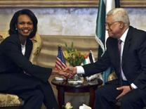 <p>A secretária de Estado norte-americana, Condoleezza Rice, encontra Mahmoud em Amman no dia 30 de março de 2008.   REUTERS\Ali Jarekji   (JORDAN) Photo by Ali Jarekji</p>