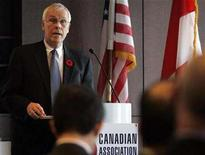 <p>Senior Deputy Governor of the Bank of Canada Paul Jenkins speaks before the Canadian Association of New York November 6, 2007. REUTERS/Brendan McDermid</p>