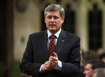 <p>Prime Minister Stephen Harper speaks during Question Period in the House of Commons on Parliament Hill in Ottawa March 31, 2008. REUTERS/Chris Wattie</p>