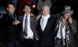 <p>A banda inglesa de rock Rolling Stones chega à premiere de seu novo filme dirigido por Martin Scorsese, na quarta-feira. O veterano cineasta Martin Scorsese procura retratar em detalhes a energia de uma das bandas de rock mais antigas do mundo no documentário 'Rolling Stones -- Shine a Light', que chega ao circuito nacional na sexta-feira. Photo by Kieran Doherty</p>