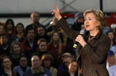 <p>A pré-candidata democrata à presidência dos EUA Hillary Clinton discursa durante campanha em Montana, e, 6 de abril. Hillary pediu ao presidente George W. Bush, nesta segunda-feira, que ele boicote a cerimônia de abertura dos Jogos Olímpicos de Pequim, a menos que a China melhore a questão dos direitos humanos. Photo by Anne Medley</p>