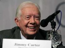 <p>O ex-presidente norte-americano Jimmy Carter no Nepal. Carter reuniu-se na terça-feira com um ex-ministro do governo do Hamas, desafiando os líderes israelenses, que criticaram o vencedor do Prêmio Nobel da Paz por manter contato com o movimento islâmico. Photo by Reuters</p>