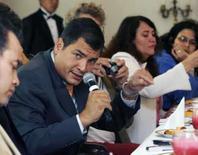 <p>Correa diz que incursão das Farc no Equador será ação de guerra. O presidente do Equador, Rafael Correa, disse que qualquer incursão da guerrilha Farc em seu território será considerada 'uma ação de guerra' e será repelida, em uma medida que busca marcar distâncias dos guerrilheiros e do conflito interno colombiano. 17 de abril. Photo by Guillermo Granja</p>
