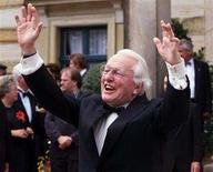 <p>A file picture taken July 25, 1999 shows Wolfgang Wagner, before the opening of the 1999 Richard Wagner opera festival outside the so-called Gruener Huegel (Green Hill) opera house in Bayreuth. Wolfgang Wagner, the 87-year-old grandson of Hitler's favourite composer, who has been in charge for the festival since 1951 declared on April 29, 2008, to retire by August 31, 2008. Picture taken July 25, 1999. REUTERS/Michael Dalder/File</p>