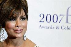 <p>Paula Abdul arrives to attend the 35th annual FiFi awards to honor the fragrance industry's creative achievements in New York May 31, 2007. REUTERS/Lucas Jackson</p>