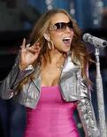 <p>Mariah Carey se apresenta em Nova York, no dia 25 de abril. Reportagens dizem que ela se casou com o cantor Nick Cannon. Photo by $Byline$</p>