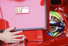 <p>Piloto de Fórmula 1 da Ferrari Felipe Massa aguarda dentro do carro durante treino livre para o GP da Turquia de Fórmula 1. Photo by Fatih Saribas</p>