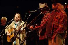 <p>(L-R) Graham Nash, Stephen Stills, Neil Young, and David Crosby perform at the 19th annual Bridge School Benefit Concert in Mountain View, California, October 29, 2005. REUTERS/Kimberly White</p>