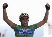 <p>Matteo Priamo esulta dopo la vittoria. REUTERS/Giampiero Sposito (ITALY)</p>