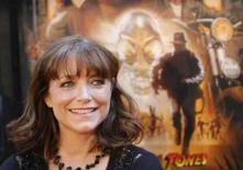 <p>A atriz Karen Allen chega par exibição do filme 'Indiana Jones e o Reino da Caveira de Cristal', em Nova York, dia 20 de maio. Quase 20 anos se passaram desde a última aparição nas telas de Indiana Jones. Nesse meio tempo, o diretor Steven Spielberg passou definitivamente de filmes de aventura para dramas mais sérios. Photo by Lucas Jackson</p>