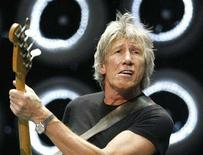 <p>Pink Floyd member Roger Waters performs during the Live Earth New York concert in East Rutherford, New Jersey July 7, 2007. Pink Floyd and American soprano Renee Fleming were awarded Sweden's annual Polar Music Prize on Wednesday, joining an eclectic group of winners including Paul McCartney, Elton John, Quincy Jones and Joni Mitchell. REUTERS/Lucas Jackson</p>