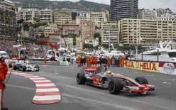 <p>Piloto da McLaren Lewis Hamilton durante a corrida em que sagrou-se vencedor em Mônaco, no domingo. Photo by Robert Pratta</p>