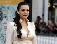 "<p>Actress Liv Tyler arrives for Puccini's ""Madama Butterfly"" at Lincoln Center Plaza in New York September 25, 2006. REUTERS/Shannon Stapleton</p>"