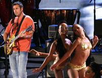 <p>Actor Adam Sandler at the 2008 MTV Movie Awards in Los Angeles June 1, 2008. REUTERS/Mario Anzuoni</p>