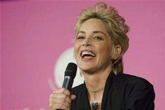 <p>U.S. actress Sharon Stone delivers a speech during the annual forum of the cultural, economic, scientists and politics debates at the Sorbonne University in Paris April 6, 2008. REUTERS/Gonzalo Fuentes</p>