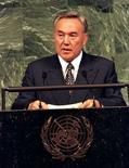 <p>Нурсултан Назарбаев выступает на саммите в ООН. Президент Казахстана Нурсултан Назарбаев, правящий страной на протяжении последних 17 лет, отверг предложение депутата парламента переименовать столицу Астану в Нурсултан, говоря, что у власти он будет еще долго. (REUTERS/Mike Blake)</p>